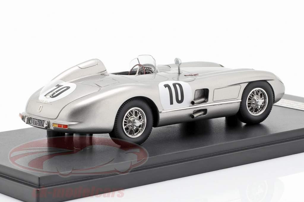 Mercedes-Benz 300 SLR #10 ganador RAC Tourist Trophy Dundrod 1955 Moss, Fitch 1:43 Matrix