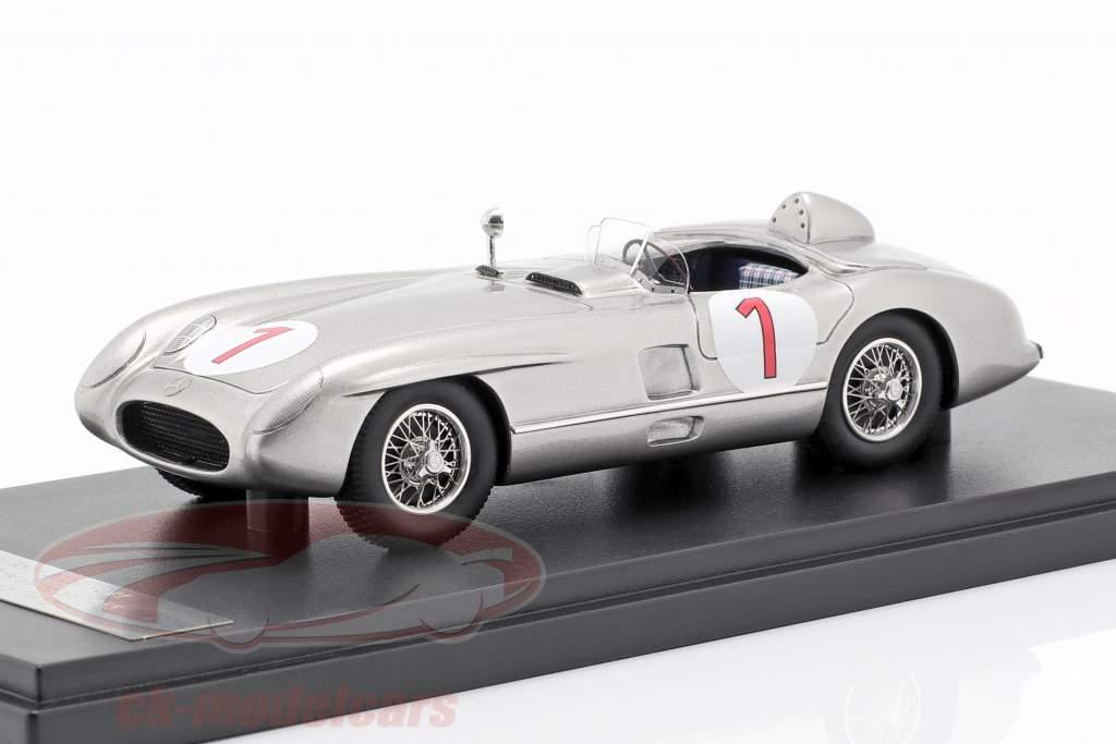 Mercedes-Benz 300 SLR #1 Winner Schweden GP 1955 Juan Manuel Fangio 1:43 Matrix