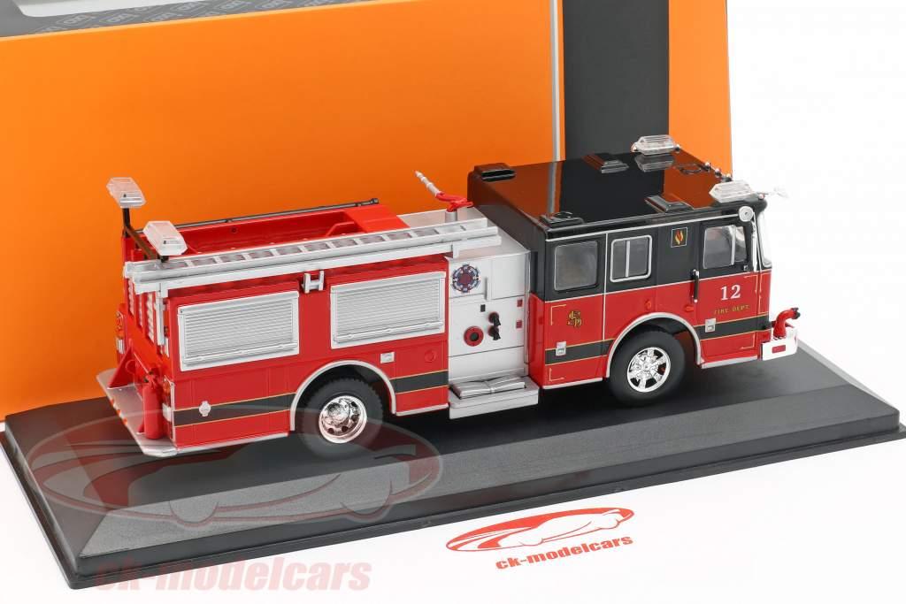 Seagrave Marauder II bombeiros vermelho / preto 1:43 Ixo