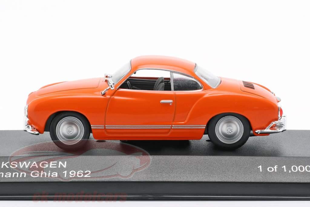 Volkswagen VW Karmann Ghia Bouwjaar 1962 oranje 1:43 WhiteBox