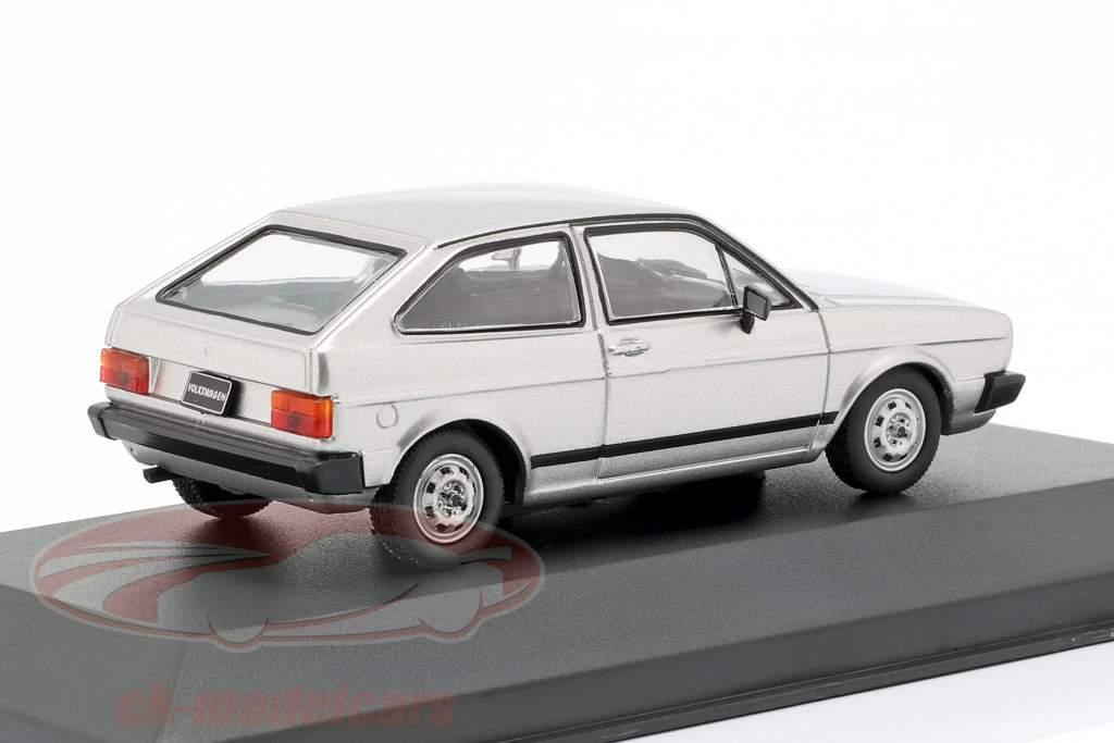 Volkswagen VW Gol BX anno di costruzione 1984 argento metallico 1:43 WhiteBox