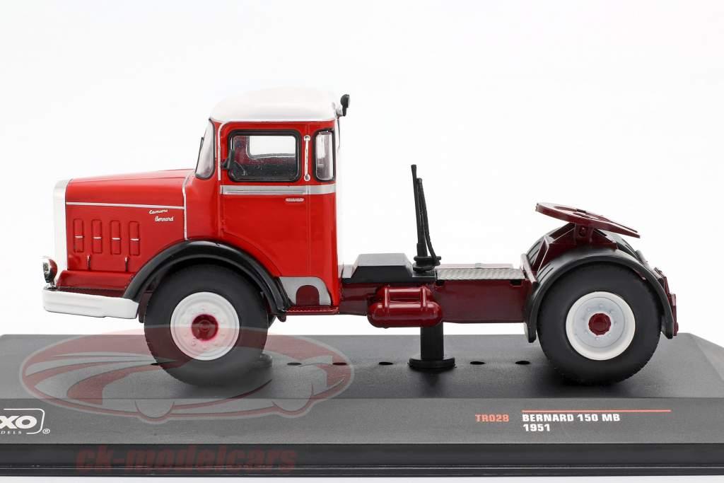 Bernard 150 MB caminhão ano de construção 1951 vermelho / branco 1:43 Ixo