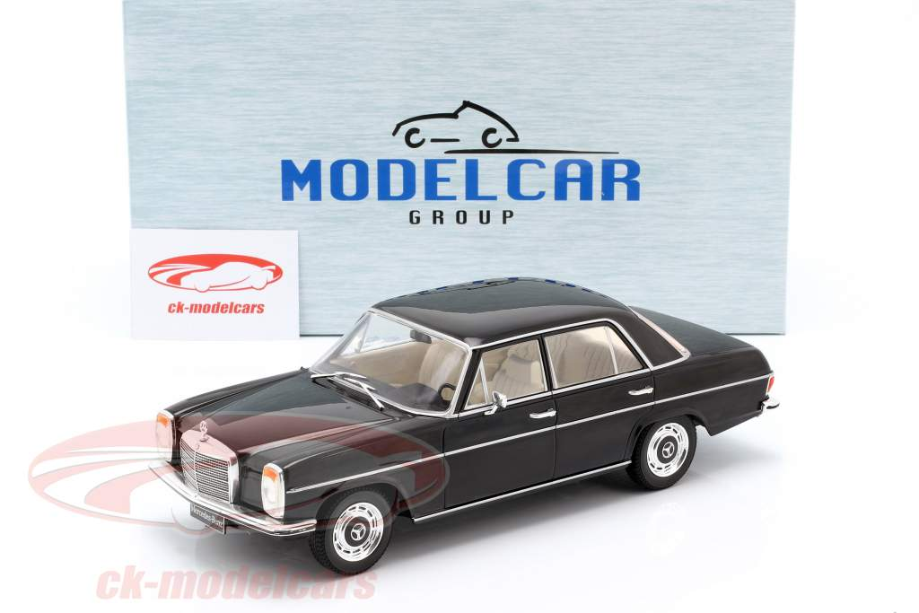 Mercedes-Benz 220D (W115) année de construction 1972 noir 1:18 Model Car Group