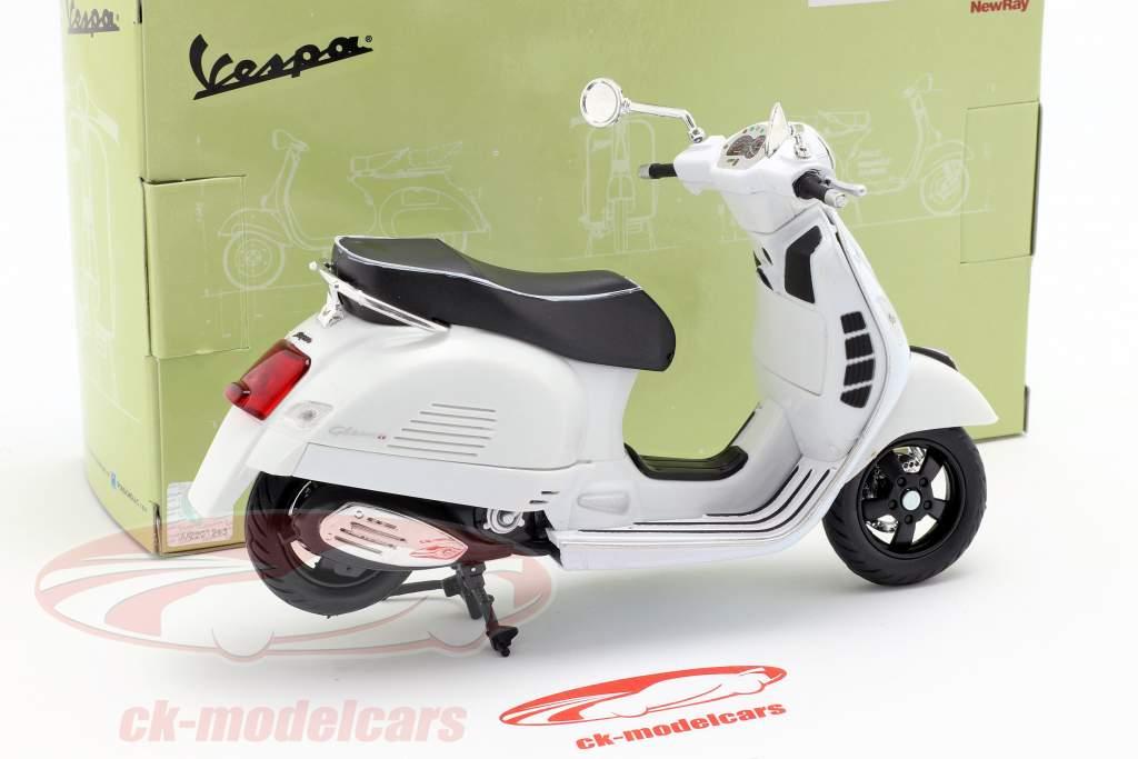 Vespa GTS 300 Super branco 1:12 NewRay