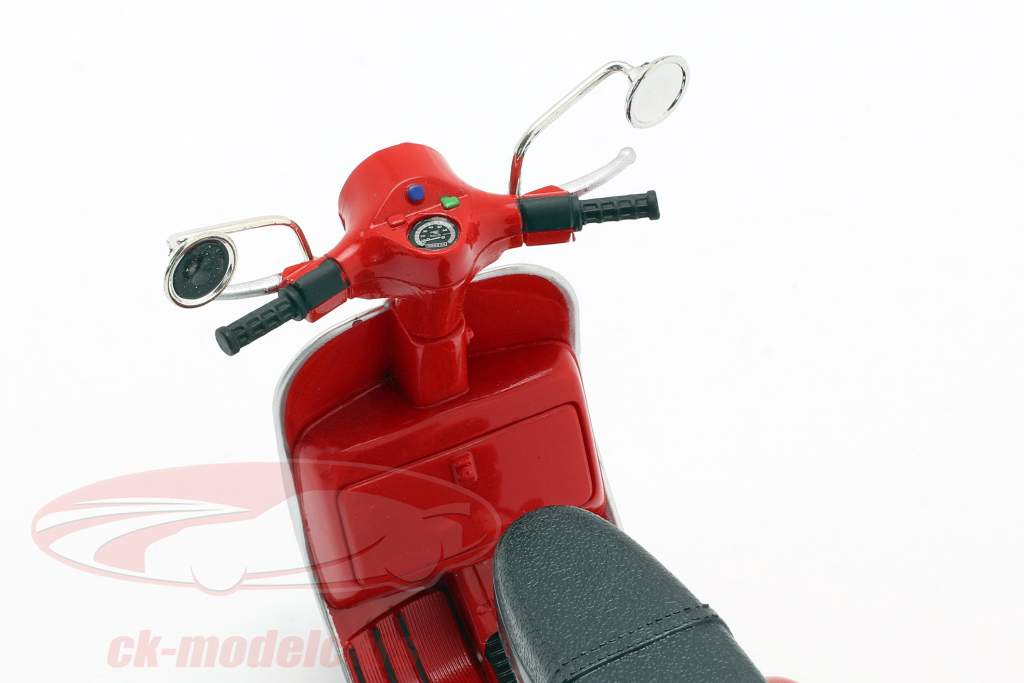 Vespa P200E del Bouwjaar 1978 rood 1:12 NewRay