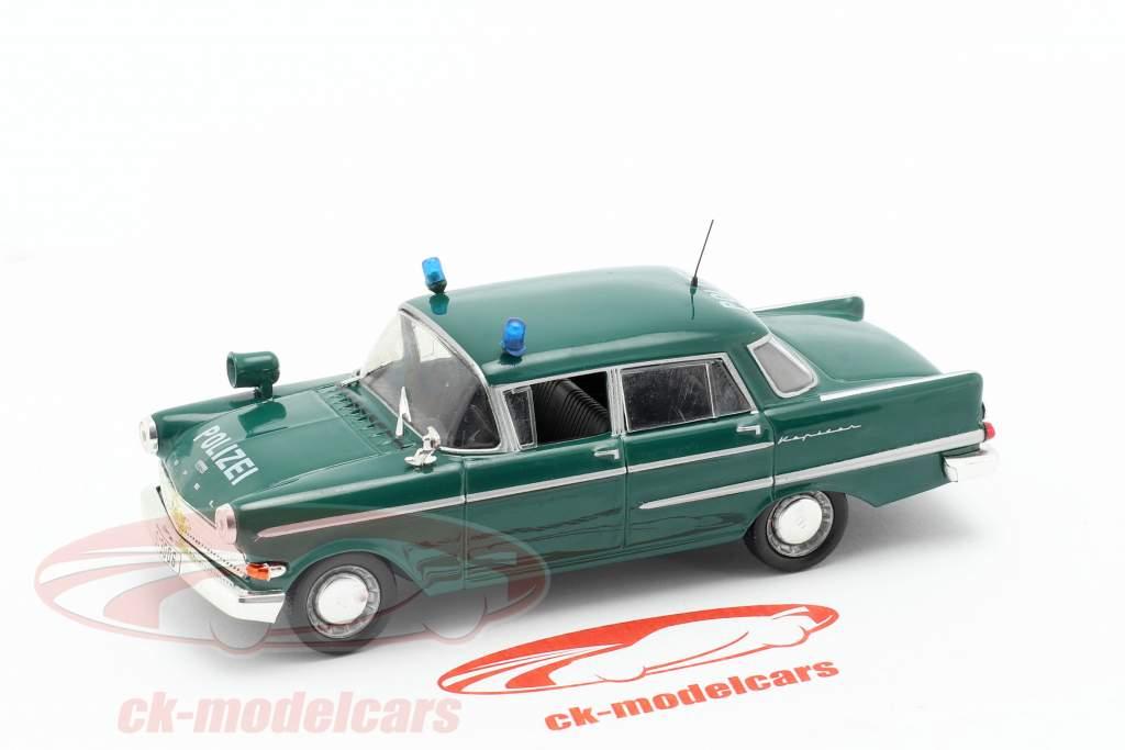 Opel Kapitän politi grøn i vabel 1:43 Altaya