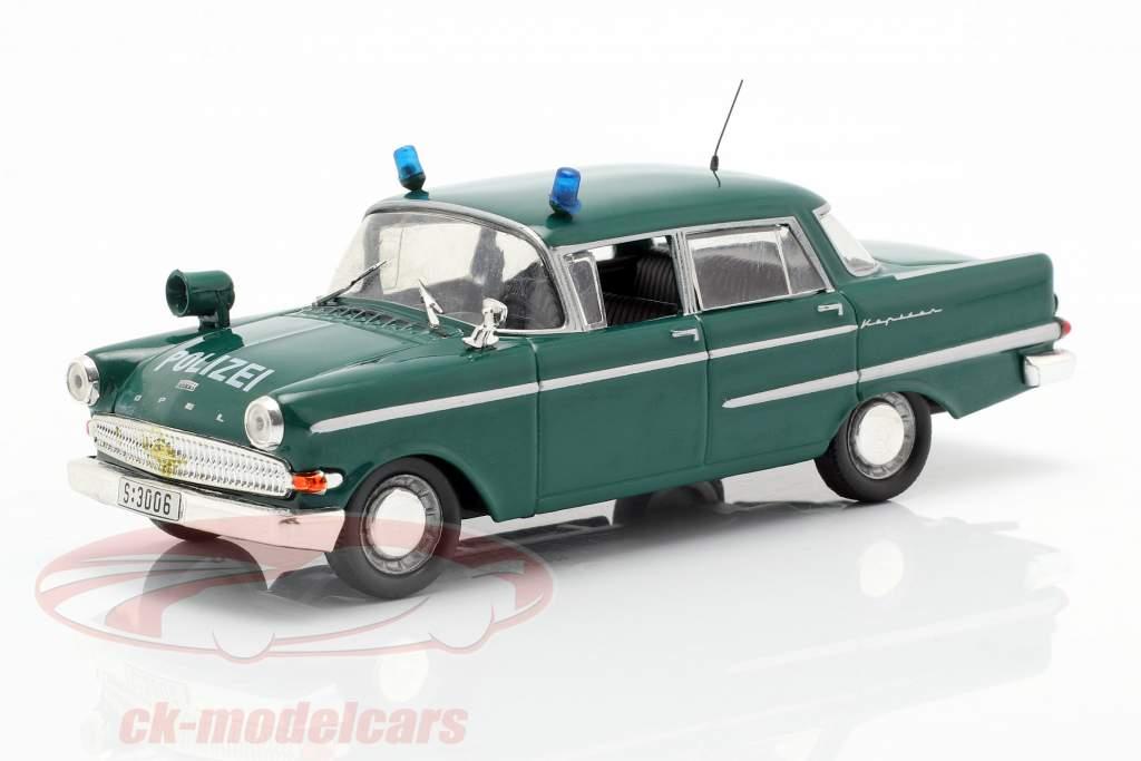 Opel Kapitän police vert en cloque 1:43 Altaya