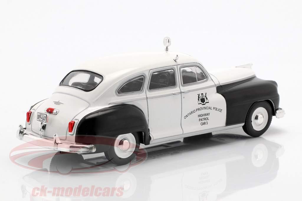 Chrysler De Soto Ontario Police wit / zwart in blaar 1:43 Altaya