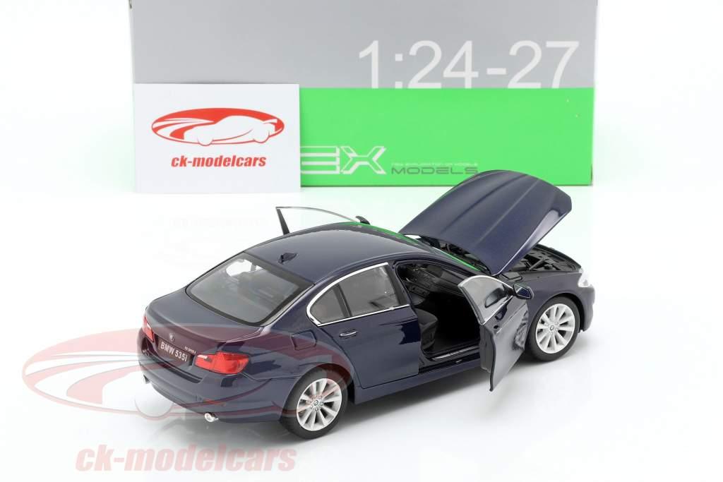 BMW 535i Bouwjaar 2010 donkerblauw metalen 1:24 Welly