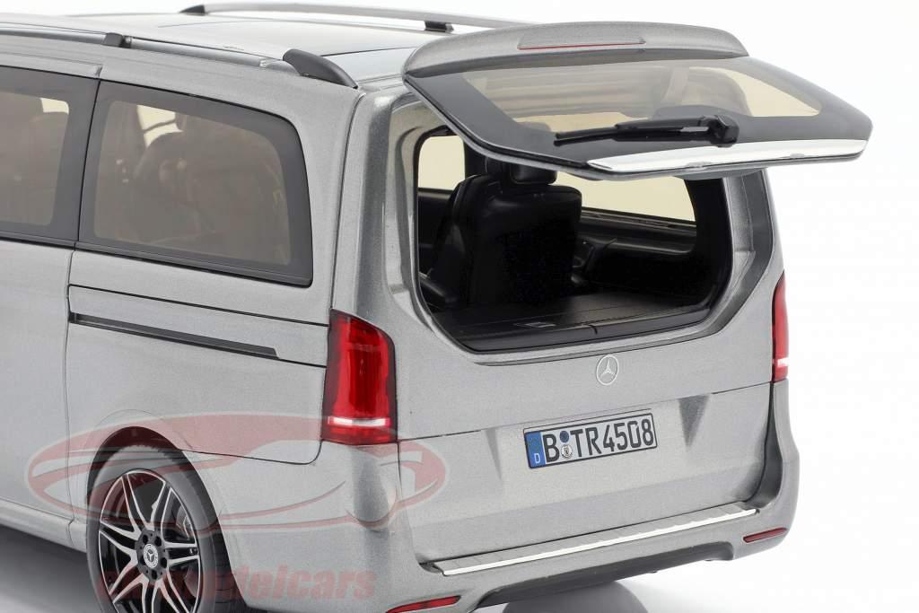 Mercedes-Benz V-Class AMG-Line año de construcción 2018 gris metálico 1:18 Norev