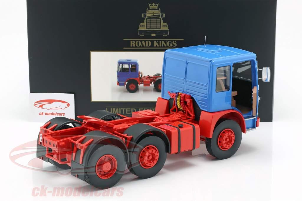 M.A.N. 16304 (F7) trekker Bouwjaar 1972 blauw / rood 1:18 Road Kings
