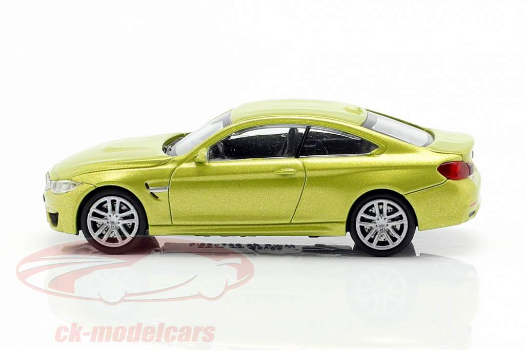 BMW M4 coupe Opførselsår 2015 gul metallisk 1:87 Minichamps