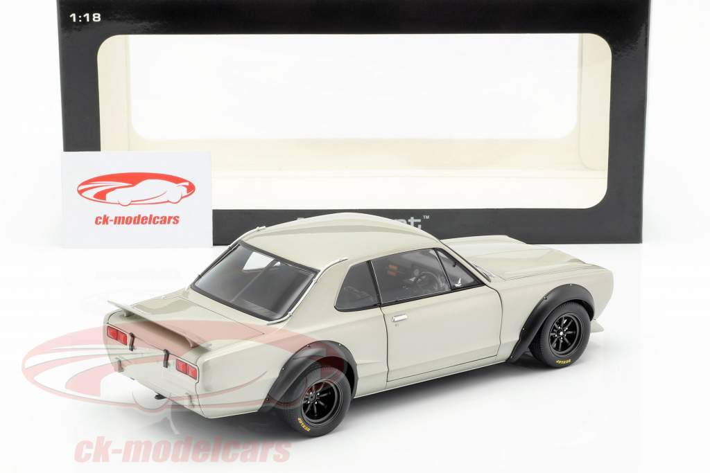 Nissan Skyline GT-R (KPGC-10) Racing Baujahr 1972 silber 1:18 AUTOart