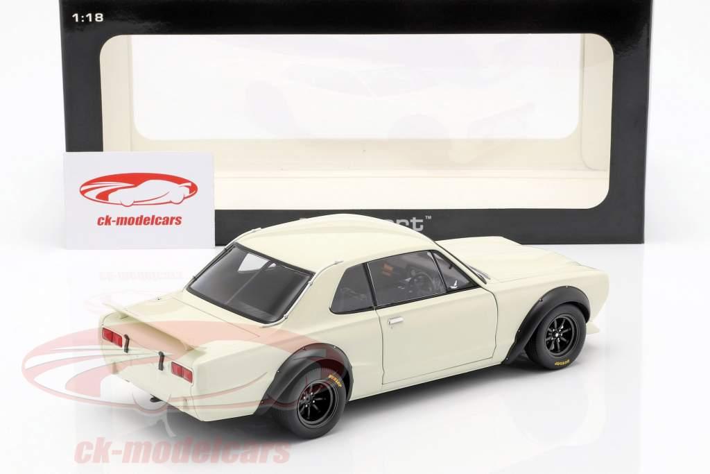 Nissan Skyline GT-R (KPGC-10) Racing year 1972 white 1:18 AUTOart