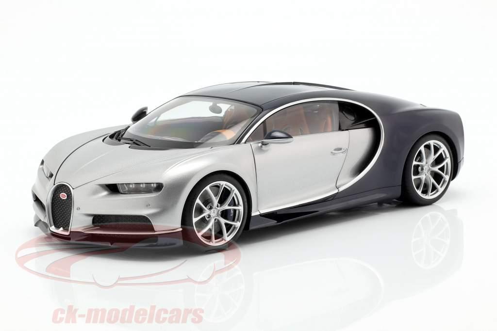Bugatti Chiron année de construction 2017 argent / atlantique bleu 1:18 AUTOart