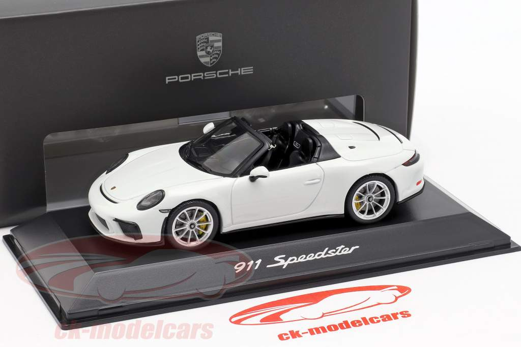 Porsche 911 (991 II) Speedster year 2019 white 1:43 Spark