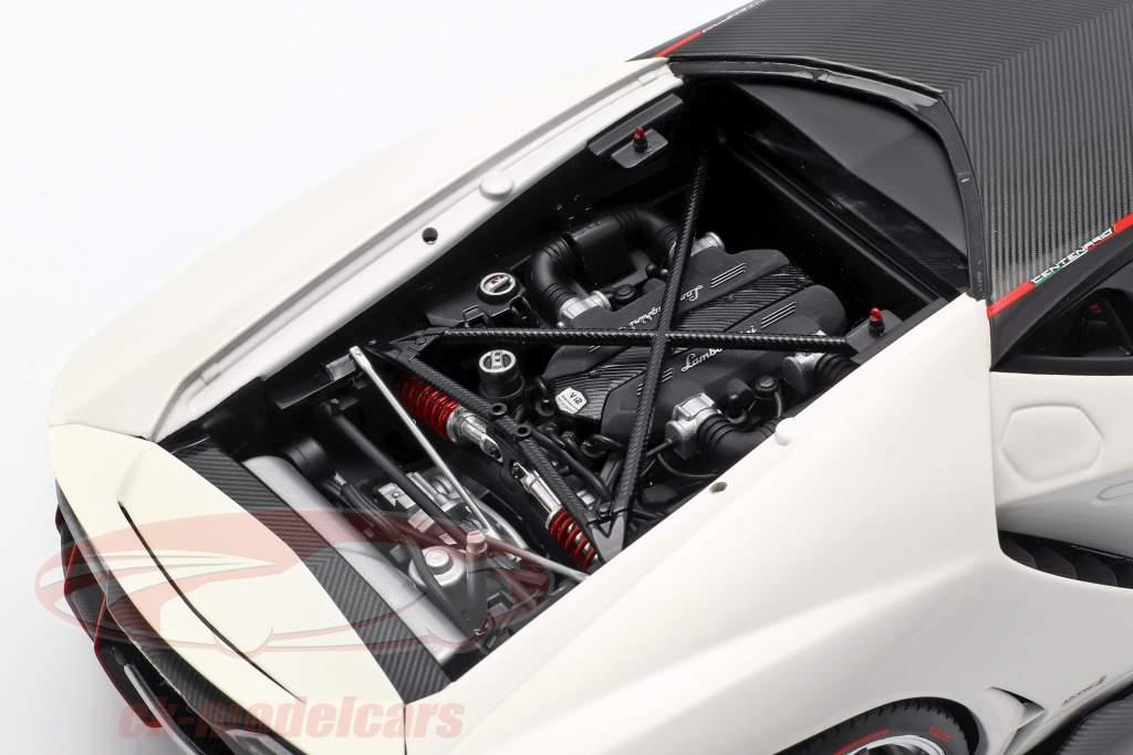 Lamborghini Centenario LP770-4 ano de construção 2017 solid branco 1:18 AUTOart
