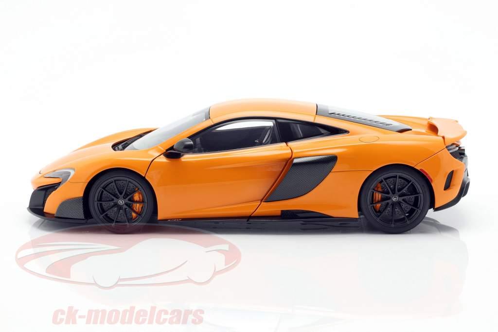 McLaren 675LT Bouwjaar 2016 McLaren oranje 1:18 AUTOart