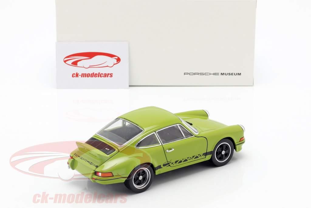 Porsche 911 Carrera RS Baujahr 1973 lindgrün / schwarz 1:24 Welly