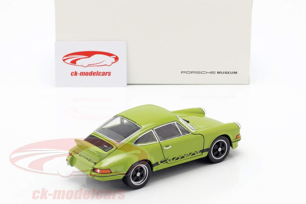 Porsche 911 Carrera RS year 1973 lime green / black 1:24 Welly