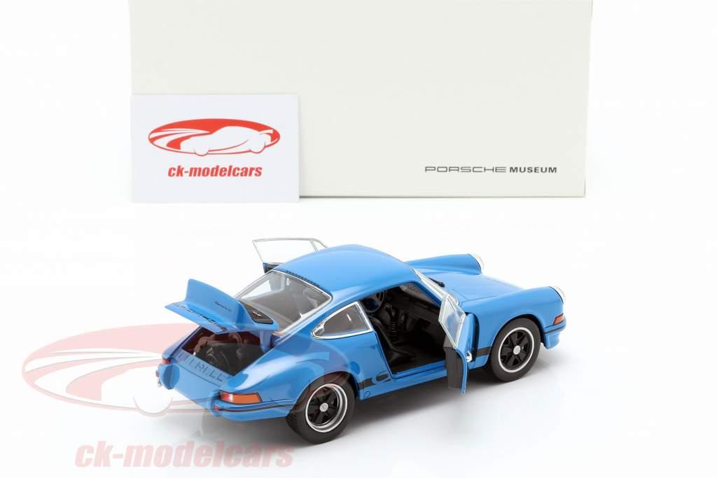 Porsche 911 Carrera RS Bouwjaar 1973 onderglazuur blauw 1:24 Welly