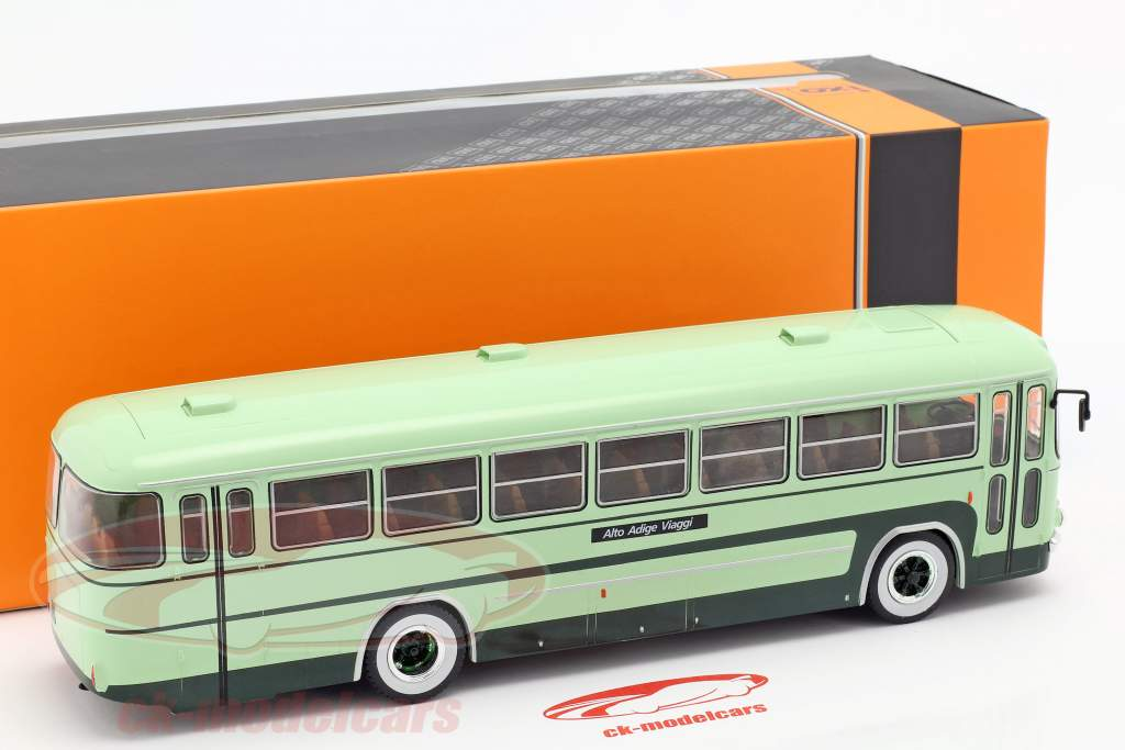 Fiat 306-3 bus year 1972 green 1:43 Ixo