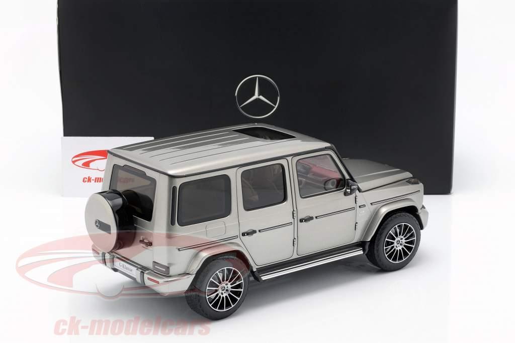 Mercedes-Benz G-Class W463 40 years 2019 mojave silver metallic 1:18 Minichamps