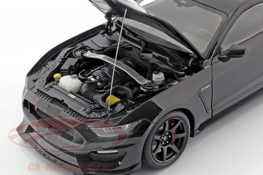 Ford Mustang Shelby GT350R année de construction 2017 noir / natte noir 1:18 AUTOart