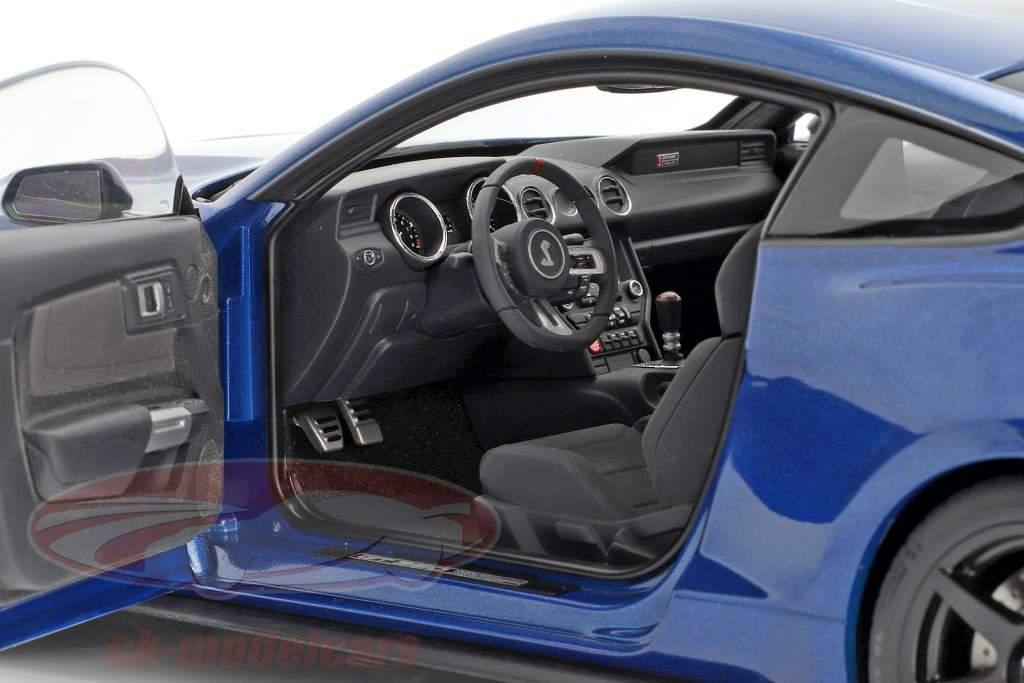 Ford Mustang Shelby GT350R Bouwjaar 2017 blauw / zwart 1:18 Autoart