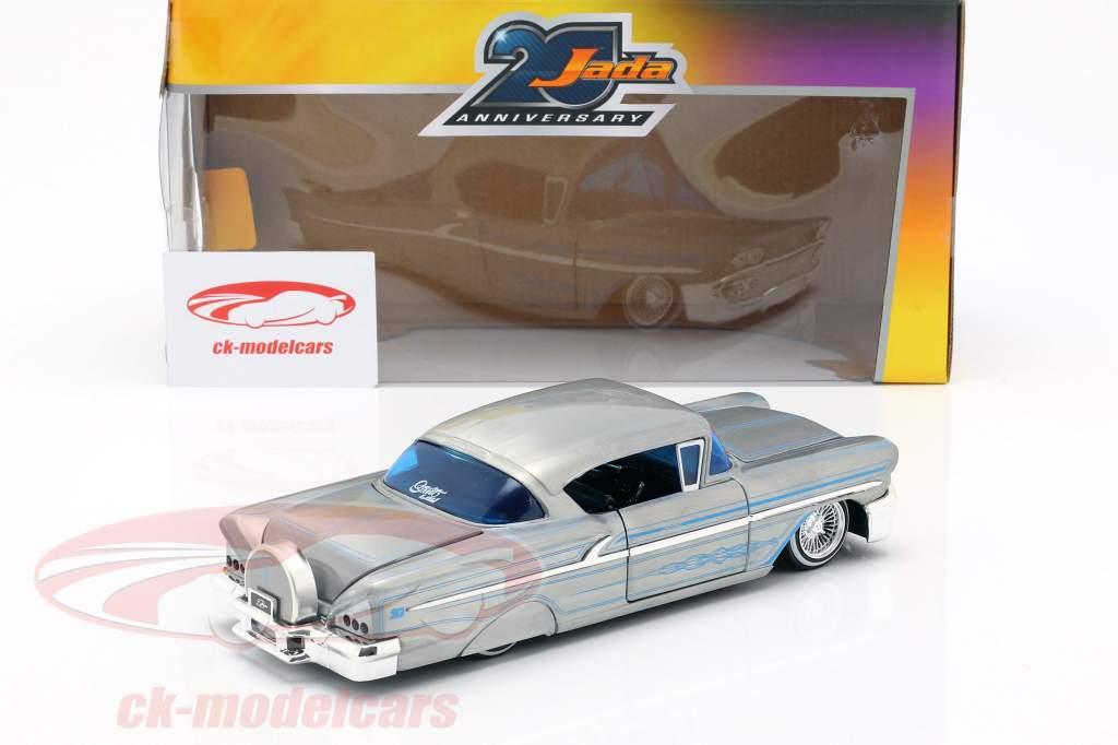 Chevy Impala Hard Top Opførselsår 1958 sølvgrå / blå 1:24 Jada Toys
