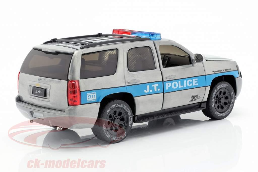 Chevy Tahoe J.T. Police Baujahr 2010 silbergrau / blau 1:24 Jada Toys