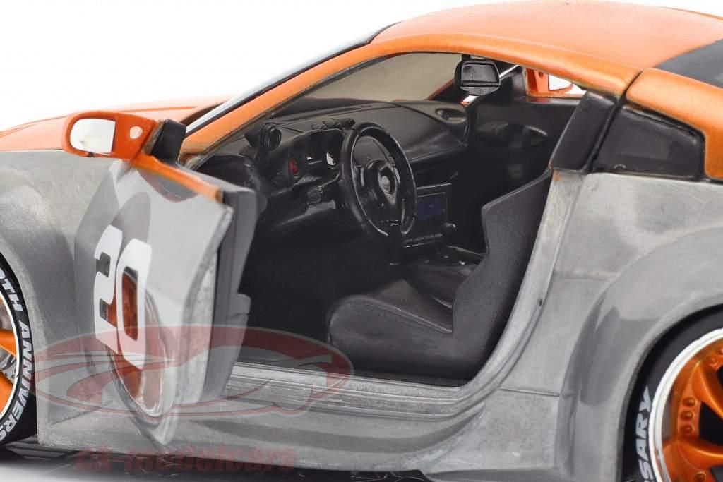 Nissan 350Z #20 año de construcción 2003 plata / naranja 1:24 Jada juguetes