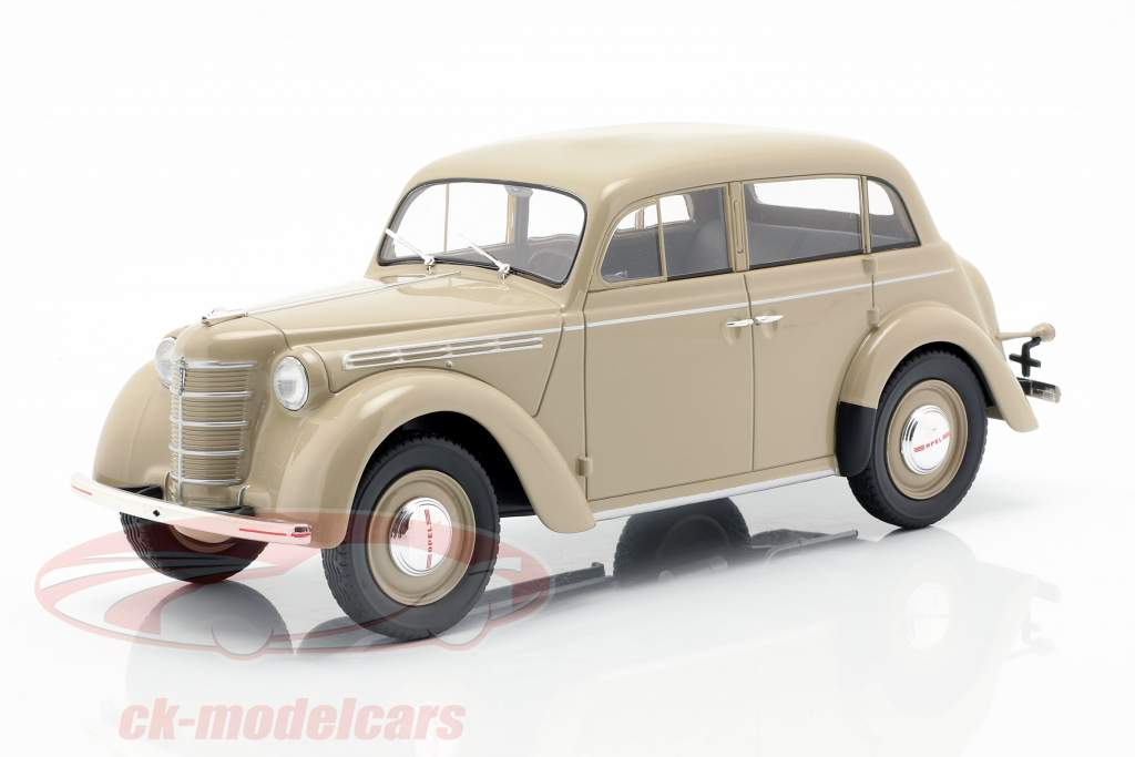 Opel Kadett K38 Baujahr 1938 hellbraun 1:18 KK-Scale