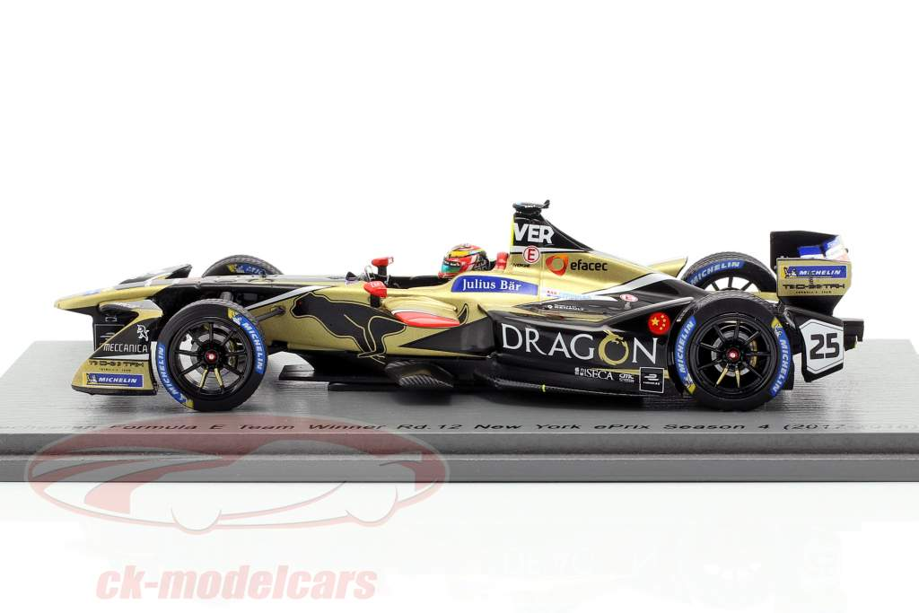 J.-E. Vergne Renault Z.E.17 #25 N.Y. ePrix formule E champion 2017/18 1:43 Spark