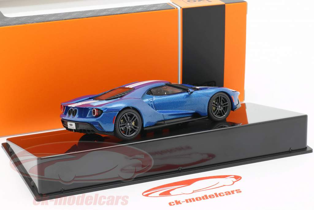 Ford GT year 2017 blue / white 1:43 Ixo