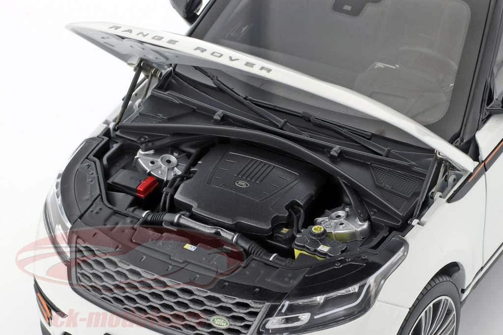 Land Rover Range Rover Velar Baujahr 2018 weiß 1:18 LCD Models