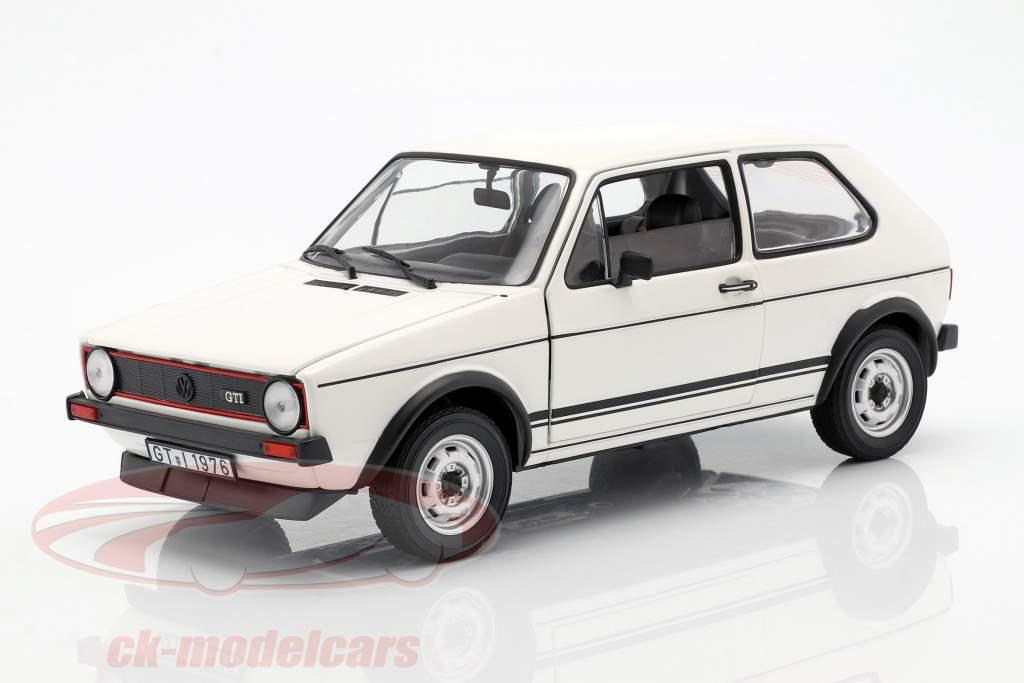 Volkswagen VW Golf I GTi Baujahr 1976 weiß 1:18 Norev
