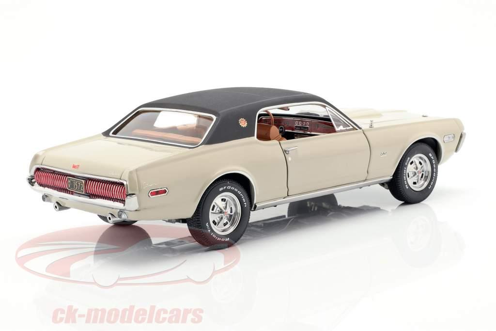 Mercury Cougar XR7G año de construcción 1968 beige / negro 1:18 SunStar