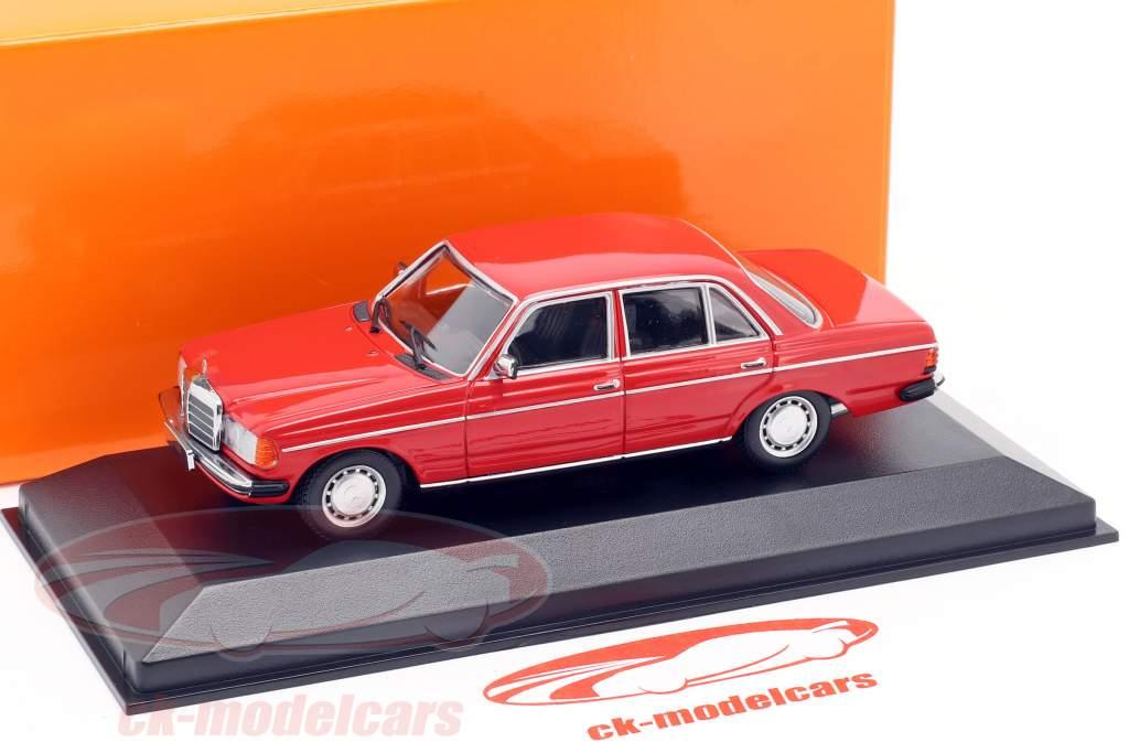 Mercedes-Benz 230E (W123) ano de construção 1982 vermelho 1:43 Minichamps