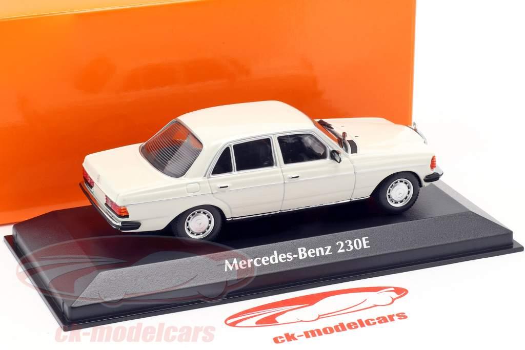 Mercedes-Benz 230E (W123) ano de construção 1982 branco 1:43 Minichamps