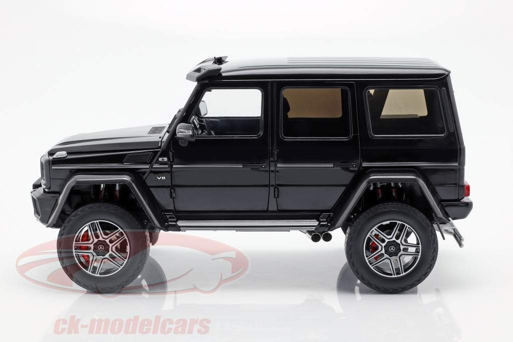 Mercedes-Benz G-classe 4x4² obsidian preto 1:18 Almost Real