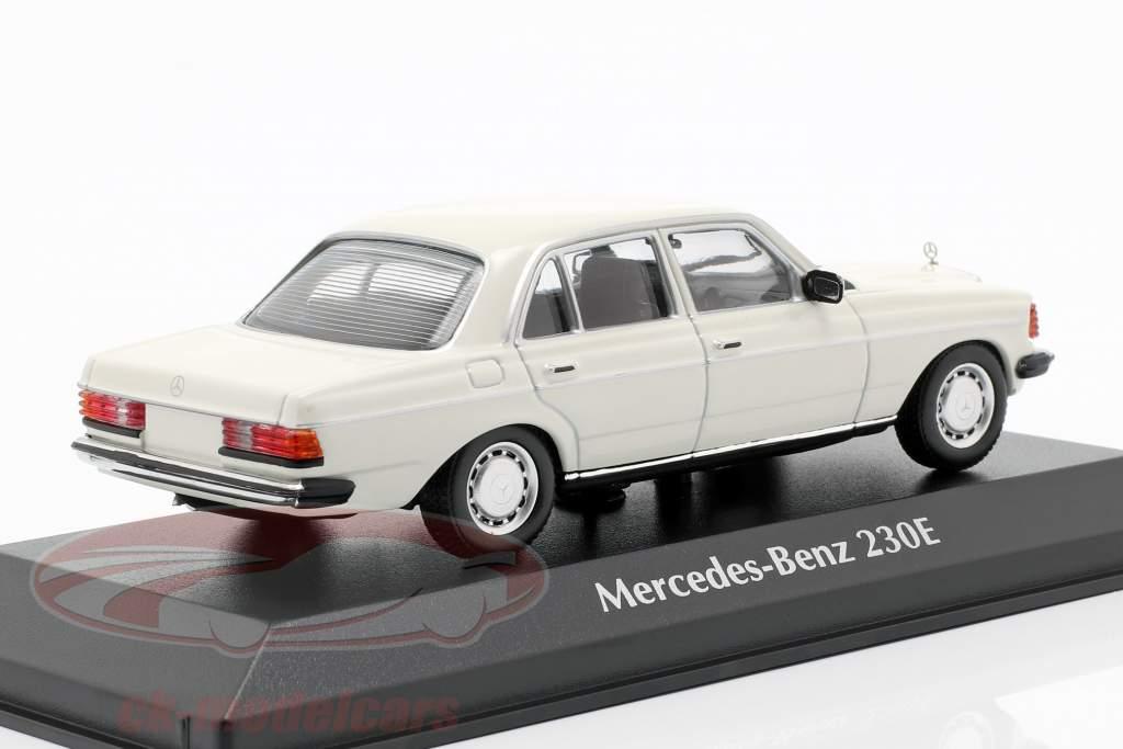 Mercedes-Benz 230E (W123) Bouwjaar 1982 wit 1:43 Minichamps