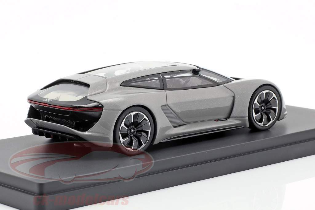 Audi PB18 e-tron Baujahr 2018 matt silbergrau 1:43 AutoCult