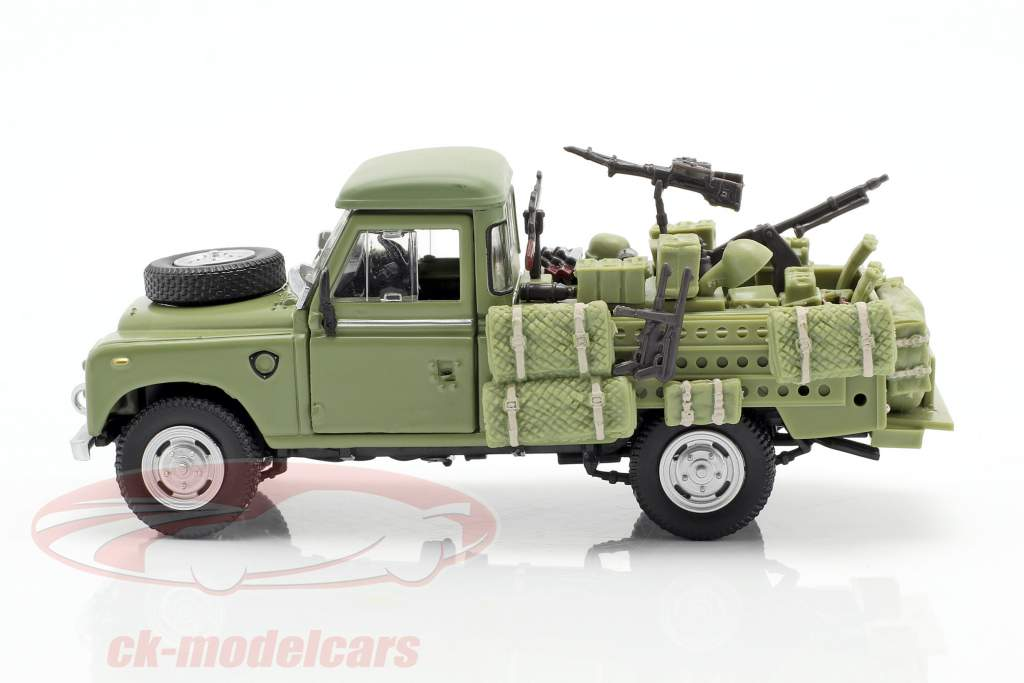 Land Rover Series III 109 véhicule militaire olive 1:43 Cararama