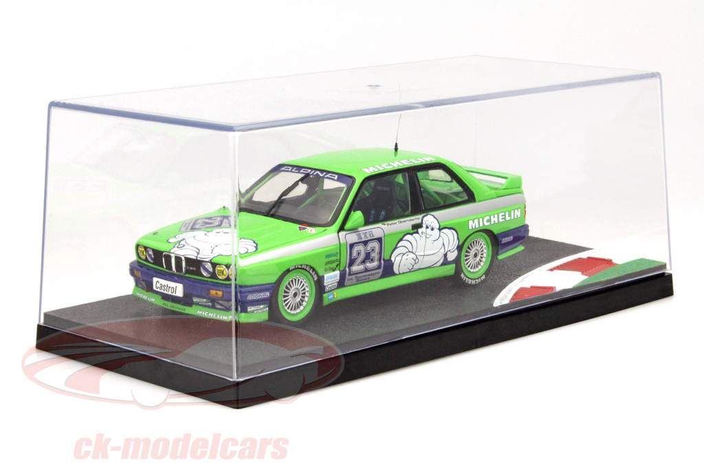 Single collector showcase with racetrack and curb 1:18 Triple9