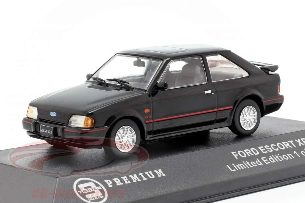 Ford Escort XR3i Opførselsår 1990 sort 1:43 Triple 9