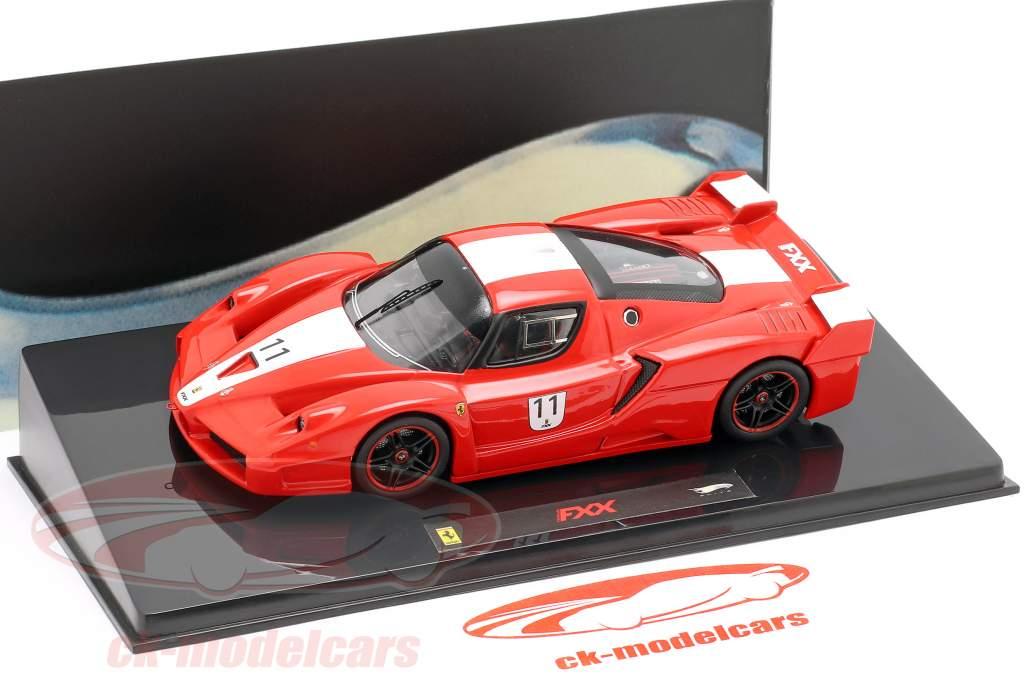 Ferrari FXX #11 rosso con le strisce bianche 1:43 Hotwheels Elite