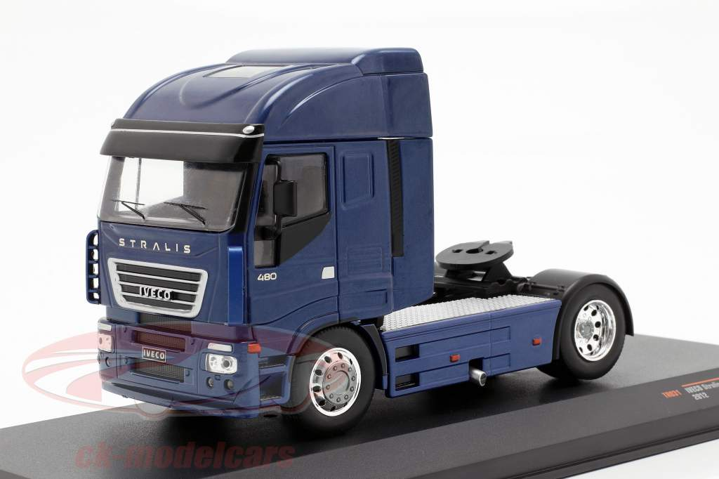 Iveco Stralis camión año de construcción 2012 azul metálico 1:43 Ixo