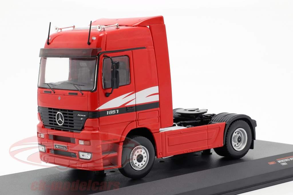 Mercedes-Benz Actros MP 1 lastbil Opførselsår 1995 rød 1:43 Ixo