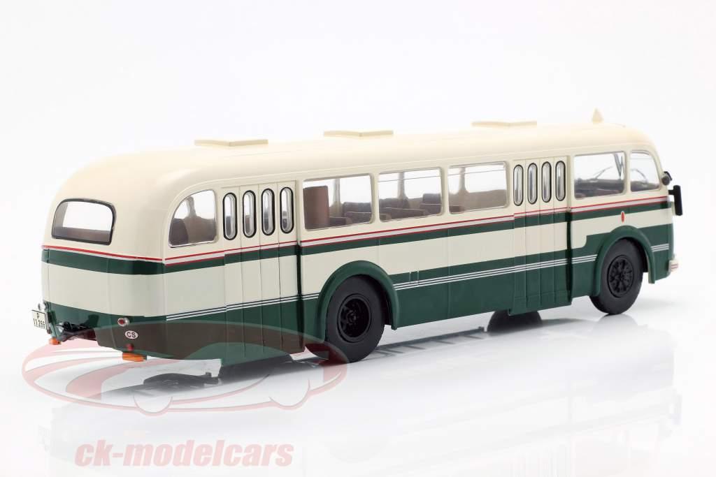 Skoda 706 RO bus Opførselsår 1947 grøn / hvid 1:43 Ixo